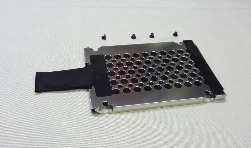 HDDキャディー7mm+ネジ4本 社外品 中古