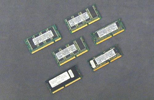 SODIMM PC100-64M 20L0264 中古取外し品